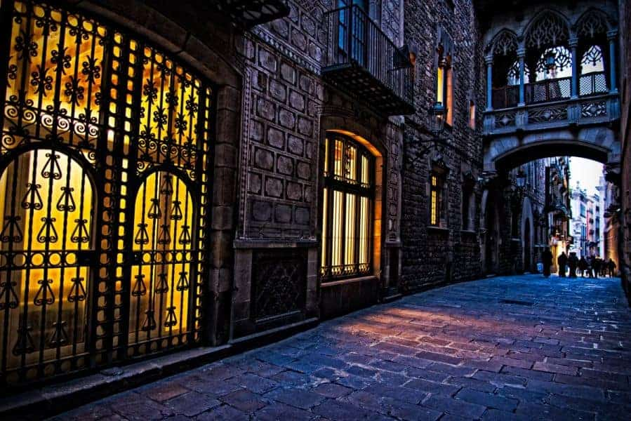 El Barri Gòtic - Alley