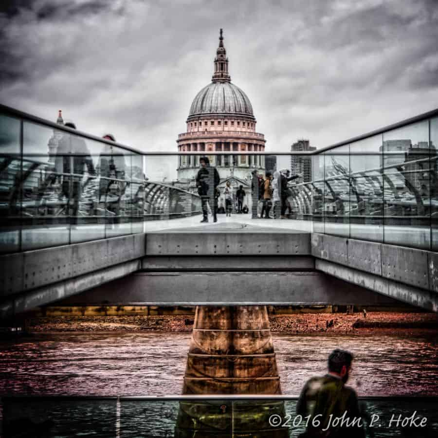 St.-Pauls-Across-the-Millennium-Bridge-20160129-john-p-hoke