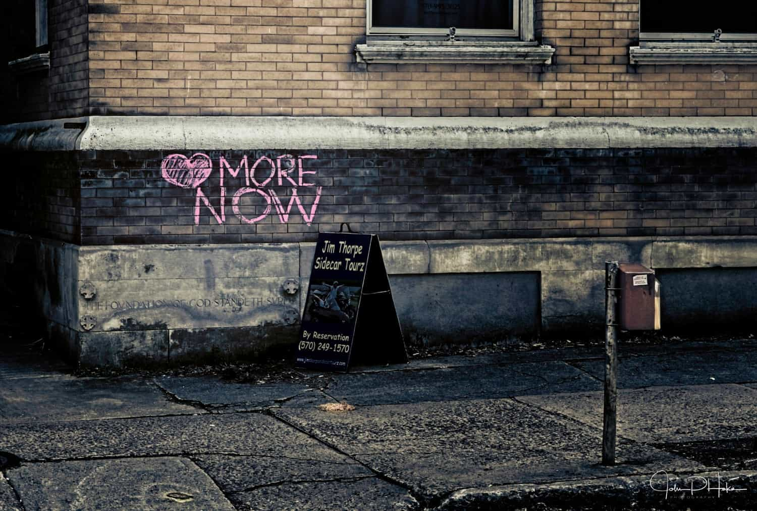 Love More Now! Graffiti in Jim Thorpe